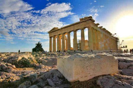 アリストテレスの『詩学』とは何か?|わかりやすい要約と悲劇の解説まとめ!